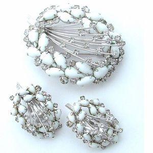 Vintage Jewelry - Vintage Brooch Earring Set Shooting Stars